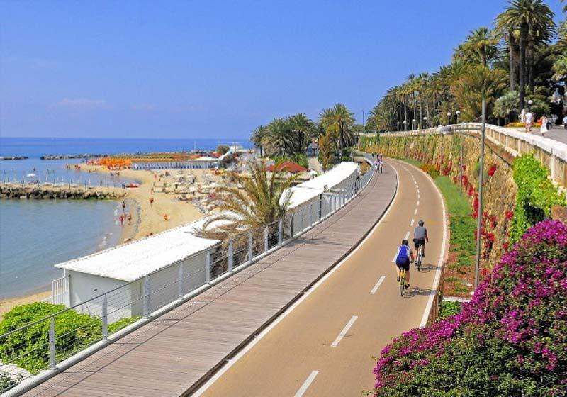 Pista ciclabile della Riviera dei Fiori